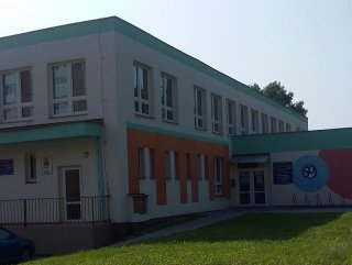 Mateřská škola 2 - dodávka a montáž plastových oken