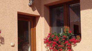 Rodinný dům 8 - dodávka a montáž plastových oken
